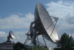 Broadband satellite communications