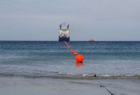 Underwater_cable_laying