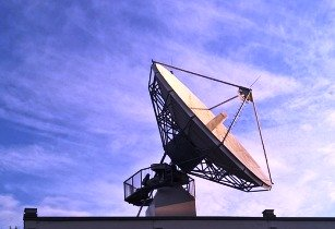 satellite dish 2801490 640 1